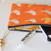 Easy to Sew Zippered Clutch