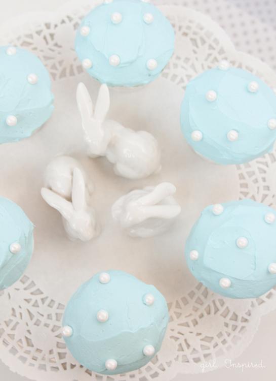 Polka-Dot-Cupcakes3