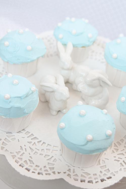 Polka-Dot-Cupcakes4