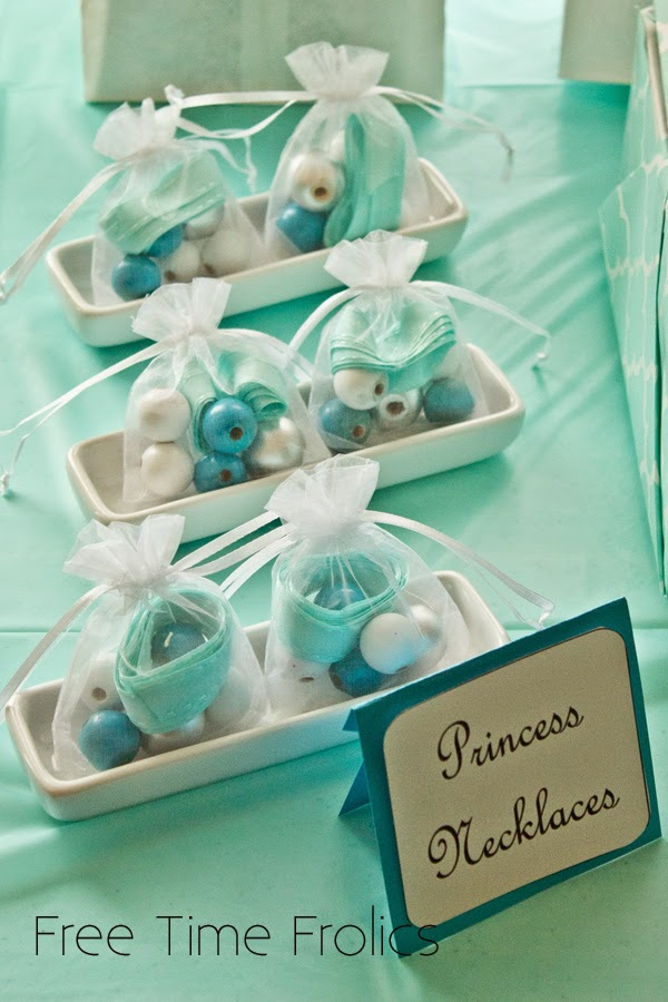 So pretty! Make these Frozen Party Favor Necklaces for all the little ...
