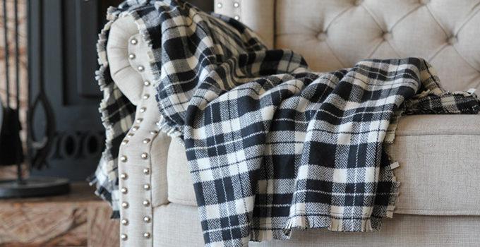 Easy Flannel Fringe Blanket