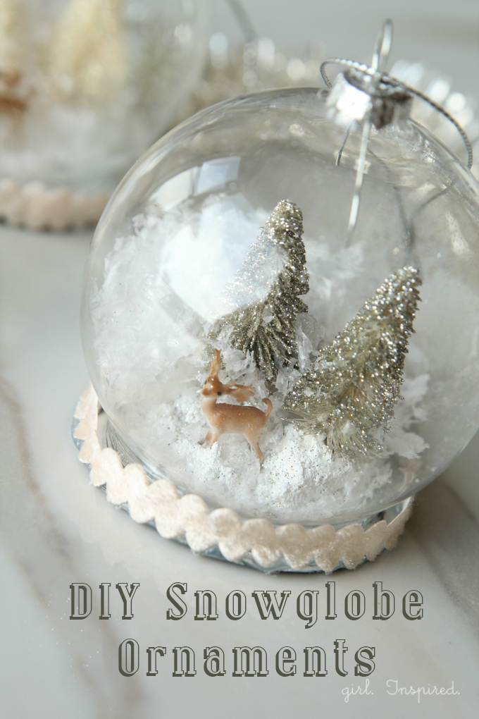 Snow Globe Ornaments - these are so pretty!