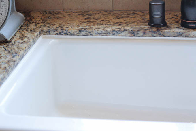 Kitchen Sink Makeover - Use these 4 simple steps to make a big impact at the center of the kitchen!