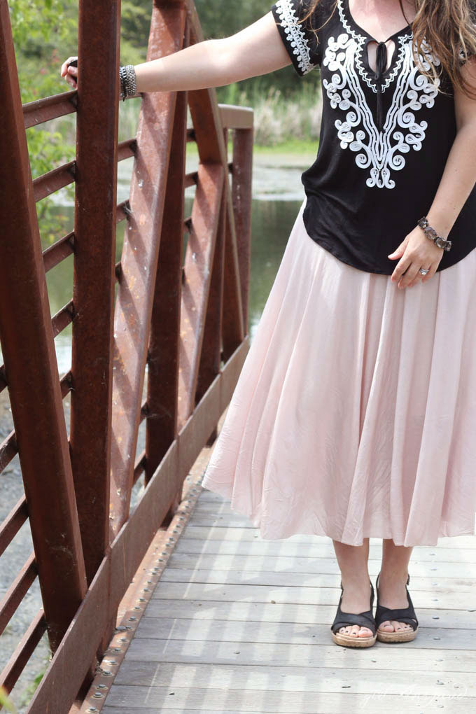 Cute maxi circle skirt - so pretty for summer!