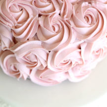 Four simple but stunning cake decorating techniques