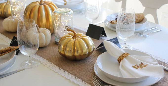 DIY Mason Jar Luminaries for the Thanksgiving Table