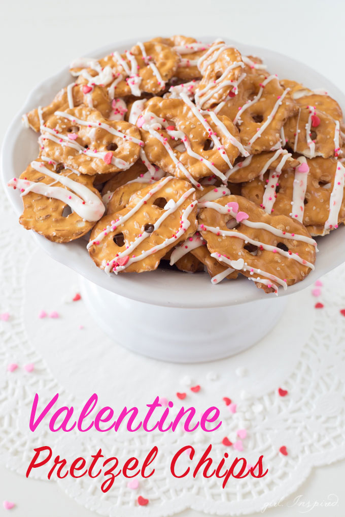 Valentine Pretzel Chips - the perfect combination of sweet and salty, you can make this treat in minutes!