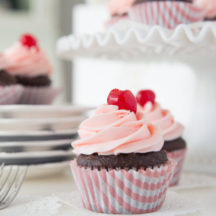 Cherry Buttercream Frosting - yum!! so easy and delicious!