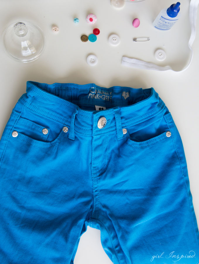 Add an adjustable elastic waistband to kids' clothes in a snap. No sewing machine necessary! It's so simple to turn unusable shorts/pants into a perfectly fitting pair!