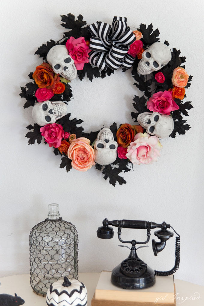 Craft this vibrant and fun Dia de Los Muertos Wreath!