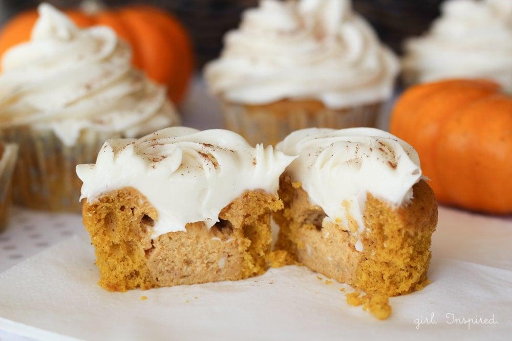 Classic Cream Cheese Frosting on Pumpkin Pie Cupcakes - YUM!!