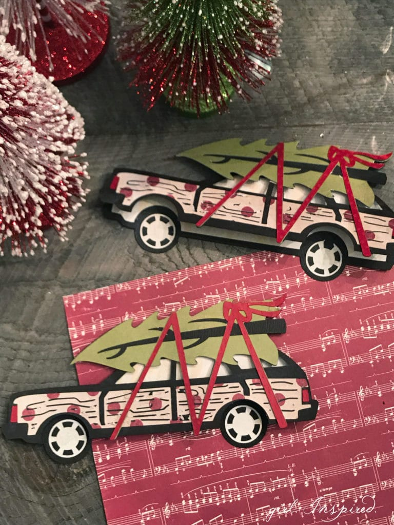 How CUTE are these Holiday Cards made with Cricut?